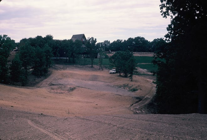 A look at the construction of Hole # 9 in The Oaks.