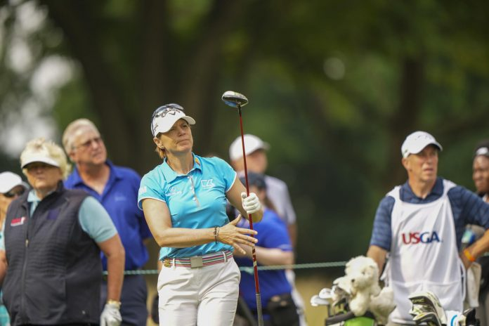 The great LPGA Annika Sorenstam leads the US Senior Women's Open with a Californian teacher who can't stop smiling