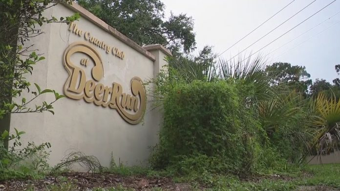 Seminole County is considering purchasing 2 golf courses