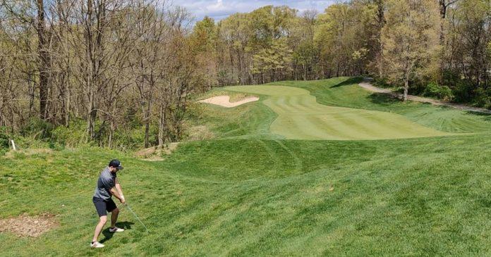 Where can I find cheap golf courses near Philadelphia