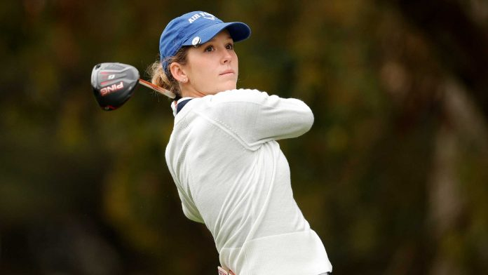 Rachel Heck comes off the road and onto the track |  LPGA