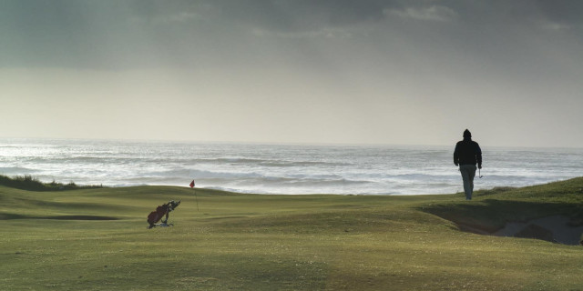 Hard times for nomadic golfers, but should they be surprised?