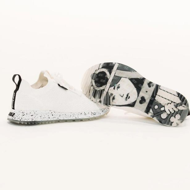 Foray Golf partners with True Linkswear to expand Queen-inspired collection to include golf shoes |  Golf equipment: clubs, balls, bags