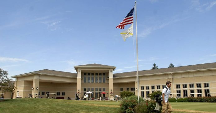 Buffalo Grove Approves Indoor Golf Simulator Lease at Arboretum Club